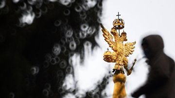 double-Headed eagle on the tower of the Historic Museum in Moscow